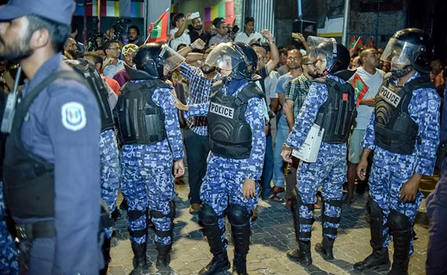 Maldives Detains And Deports International Lawyers