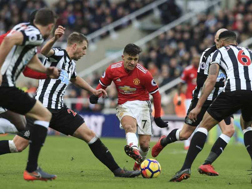 Newcastle United Stun Manchester United As Huddersfield Win At Last