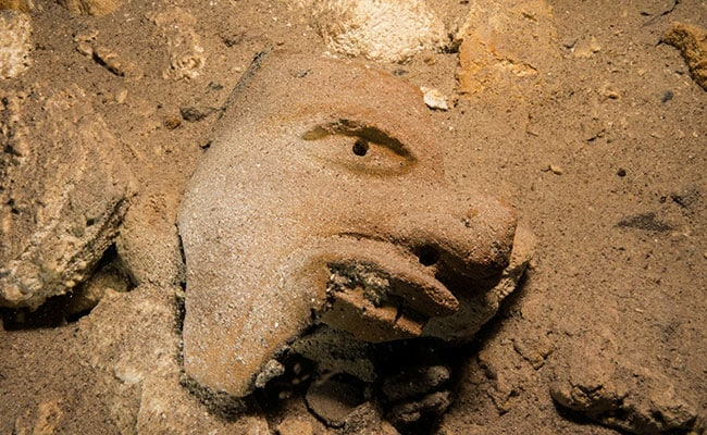 Ancient Mayan Civilization Artifacts Found In World's Largest Underwater Cave