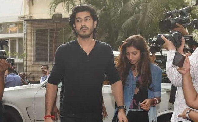 Sridevi's Nephew Mohit Marwah And Wife Antara At Anil Kapoor's Home