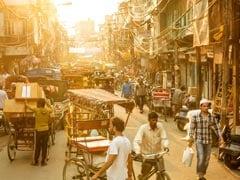 जामा मस्जिद के लजीज व्यंजनों पर भी पड़ा कोरोना वायरस का असर, दुकानदारों ने कहा...