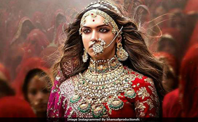 'Padmaavat' Box Office Collection Day 13: Deepika Padukone's Film Is 'Super-Strong.' Over Rs 225 Crore And Counting