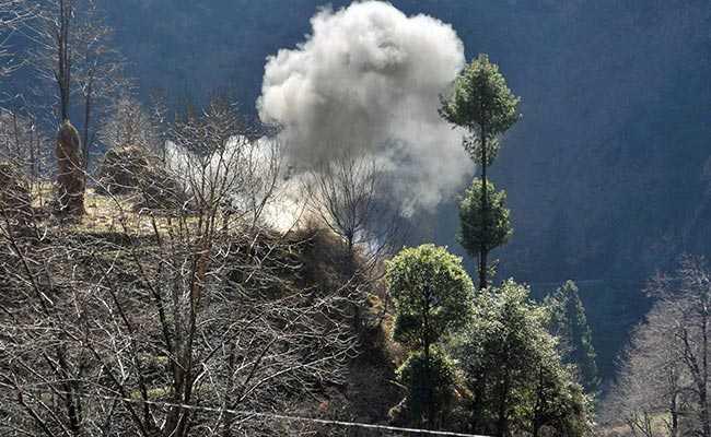 जम्मू-कश्मीर के तंगधार सेक्टर में भारतीय सेना की जवाबी कार्रवाई में पाकिस्तान के दो सैनिक ढेर
