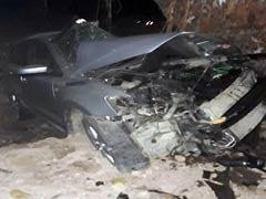 मुंबई से सटे पालघर में पेड़ से कार टकराई, कार में सवार 5 युवकों की मौत