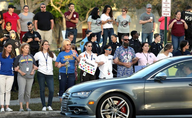 Families Surround Florida Shooting School As Students Return