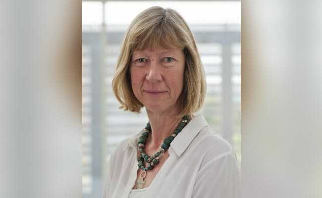 Oxfam Deputy Head Resigns Over Sex Scandal