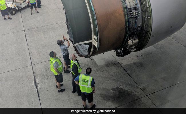 A Plane Engine Fell Apart In Midair. The Passengers Were Amazing