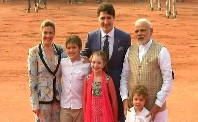 ट्रूडो की भारत यात्रा का छठा दिन: पीएम नरेंद्र मोदी ने राष्ट्रपति भवन में की उनसे मुलाकात