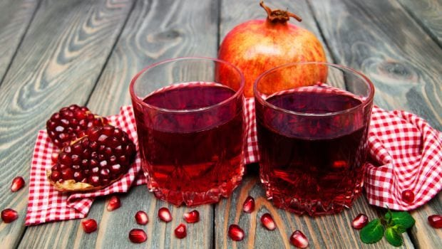 8 Pomegranate Juice Benefits: From Improving Memory To Fighting Inflammation And More!