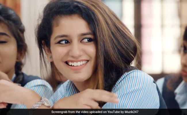 Priya Prakash Varrier को मिल गया रियल लाइफ Teddy, यूं कसकर लगाया गले