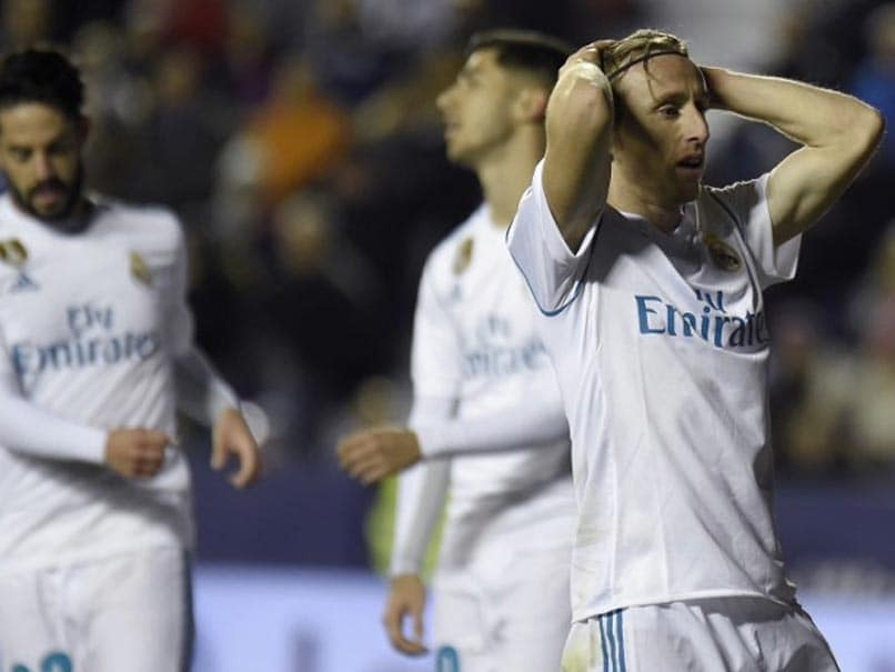 La Liga: Giampaolo Pazzini Late Show Sees Real Madrid Held At Levante
