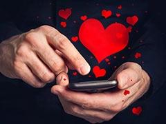 क्या आप भी करते हैं पार्टनर के साथ अपना पासवर्ड शेयर? जानिए कैसे हो सकता है खतरनाक