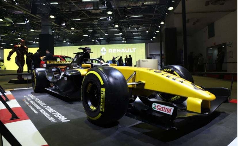 renault rs17 f1 car