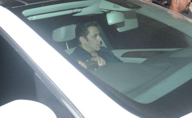 Pics: Sridevi's Chaand Kaa Tukdaa  Co-Star Salman Khan At Anil Kapoor's Home