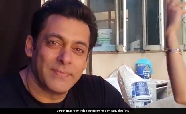 Valentine day 2018: सलमान खान को आखिरकार मिल ही गयी वेलेंटाइन डेट, देखें वीडियो