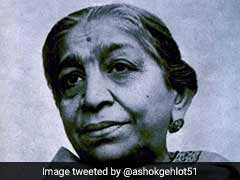 "Sarojini Naidu 141st Birth Anniversary: All About ""Nightingale Of India"""