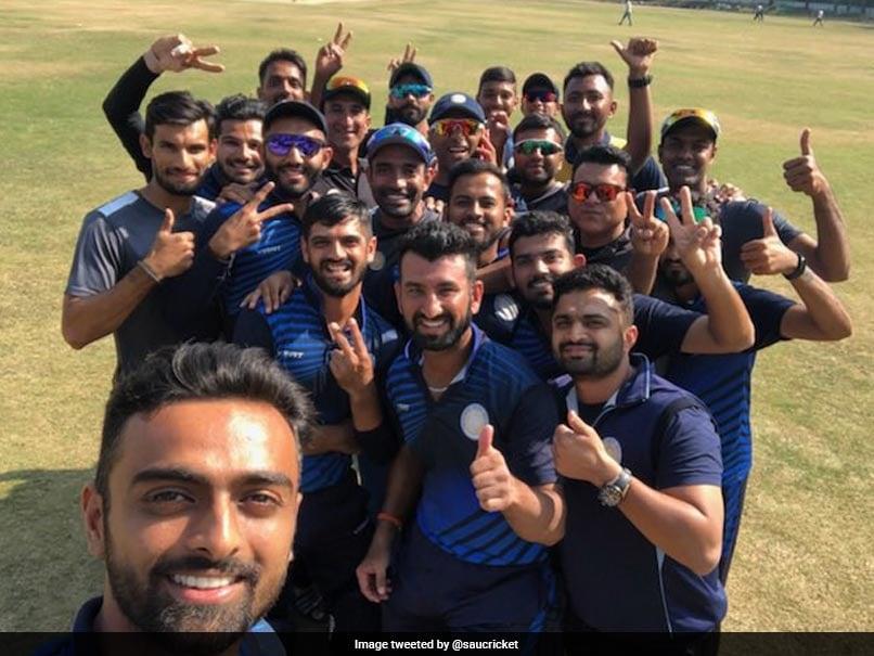 Vijay Hazare Trophy: It's Mayank Agarwal vs Ravindra Jadeja in final
