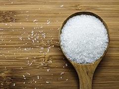 अधिक मात्रा में सोडियम पाए जाने वाले इन खाद्य पदार्थों का कम करें सेवन