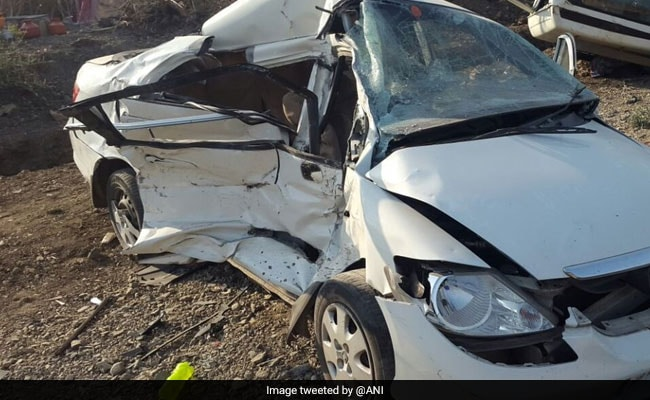 5 Killed, Seven Injured After Car Rams SUV In Maharashtra's Solapur District