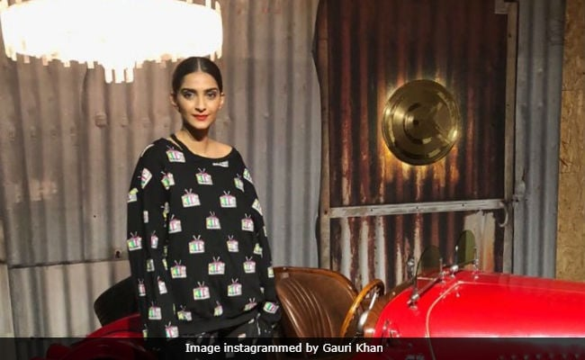 Sonam Kapoor Shoots At Gauri Khan Designs. Pics Here