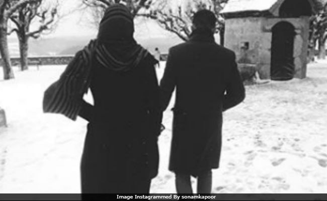 Valentine's Day 2018: To Sonam Kapoor's Pic, A Romantic Response From Anand Ahuja