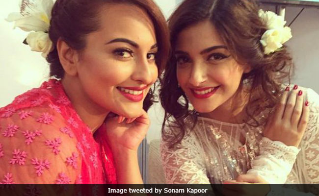 Sonam Kapoor Doesn't Remember 'Showing Attitude' To Sonakshi Sinha But Says Sorry If She Felt So