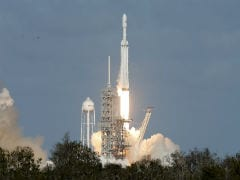 World's Biggest Rocket Soars Towards Mars After Perfect Launch