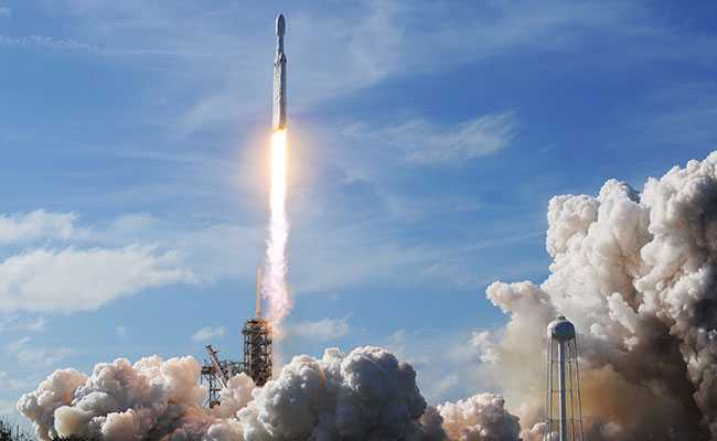 Falcon Heavy launch makes China's Long March seem a limp