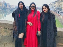 Sridevi, Always And Forever. 10 Pics Of Her And Daughters Janhvi And Khushi