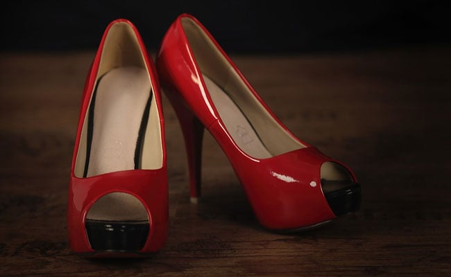 Is The Red Stiletto Emoji Sexist? Here's The Backstory Of The New Women's Shoe Icon.