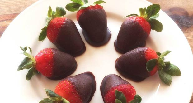 Duo of Chocolate and Strawberry