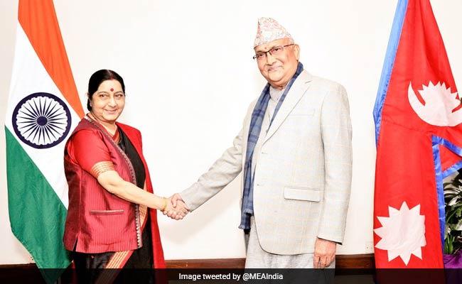 Sushma Swaraj meets KP Oli, says go to devoid of any agenda