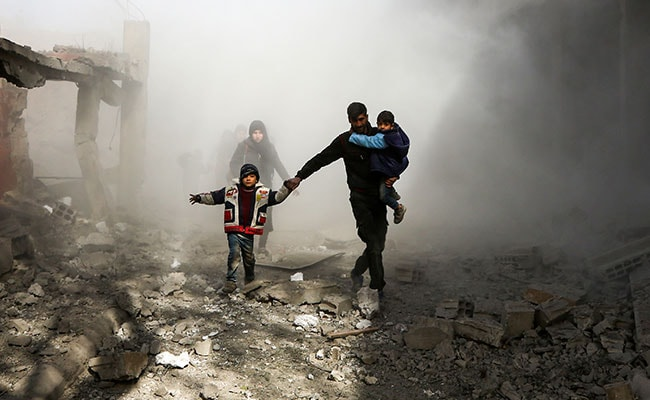 77 Dead As Syria Enclave Pounded Ahead Of Expected Ground Assault