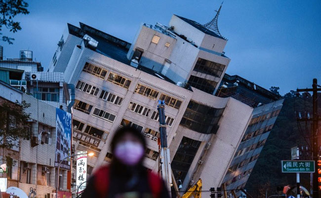 Rescuers Brave Aftershocks To Pull Bodies From Tilting Taiwan Tower