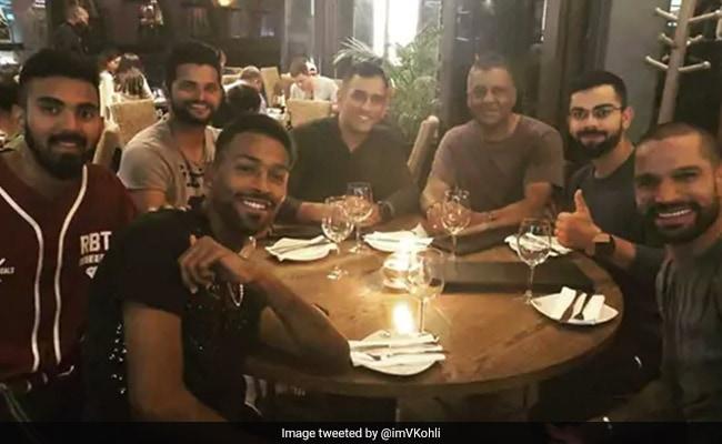 जीत के बाद टीम इंडिया ने की पार्टी, 'गब्बर' बोले- हमें अपना परिचय देने की जरूरत नहीं