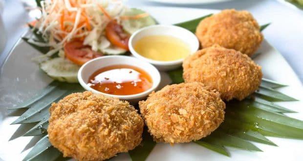 थाई फिश केक विद पाइनएप्पल चटनी