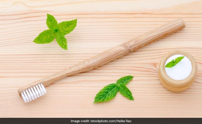 World Oral Health Day: दांतों के दर्द, सेंसिटिविटी, पायरिया और मुंह की बदबू को खत्म करेगा ये होममेड टूथपेस्ट, ऐसे बनाएंं