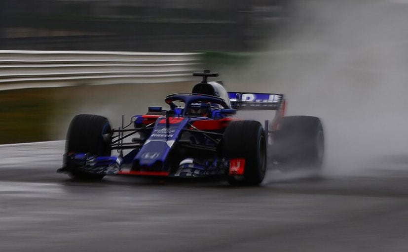 New look Toro Rosso F1 vehicle unveiled