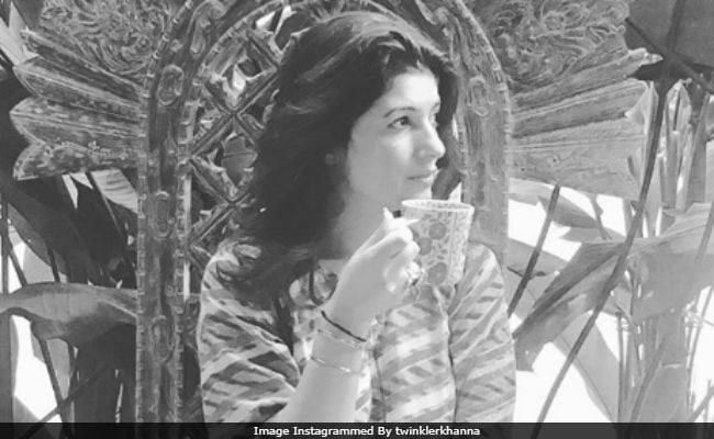 Twinkle Khanna Looks As Sassy As Khaleesi On The 'Throne'