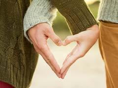 Valentine's Day 2018: अगर पार्टनर से हैं दूर, तो उनसे ऐसे करें इजहार-ए-मोहब्बत