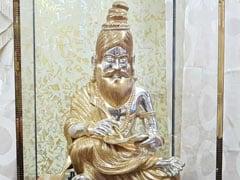 कर्नाटक : अवैध खनन के आरोपी विधायक ने राहुल को भेंट की सोने-चांदी से बनी मूर्ति, कीमत 60 लाख रुपये