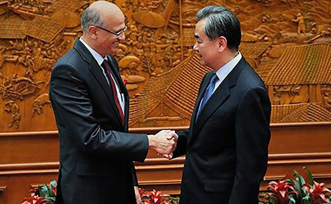 Foreign Secretary Vijay Gokhle Discusses Bilateral Ties With Chinese Foreign Minister