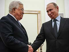 Vladimir Putin Discusses Middle East Conflict With Donald Trump, Hosts Mahmoud Abbas