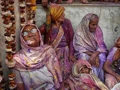 Vrindavan Widows To Present <i>Gulaal </i>, Sweets To 'Modi <i>Bhaiya</i>' Ahead Of Holi