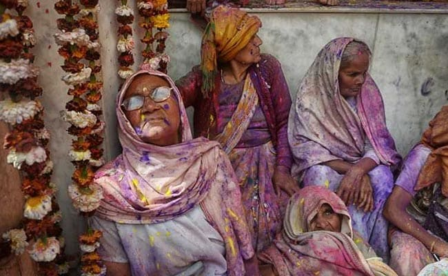 Vrindavan Widows To Present Gulaal , Sweets To 'Modi Bhaiya' Ahead Of Holi