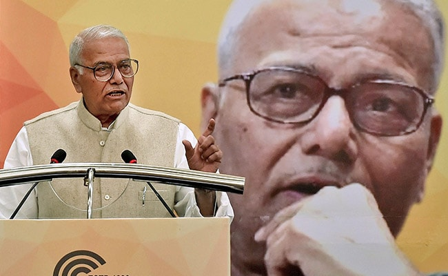 'Won't Leave BJP, Let Them Throw Me Out,' Says Yashwant Sinha