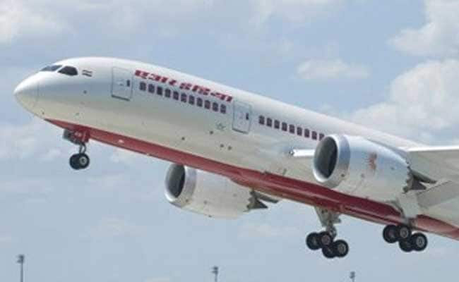 Singapore Airlines Has 'Open Mind' On Air India Bid