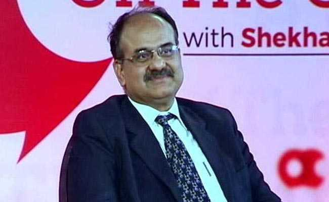 Aadhaar Body Head AB Pandey To Replace Hasmukh Adhia As Revenue Secretary