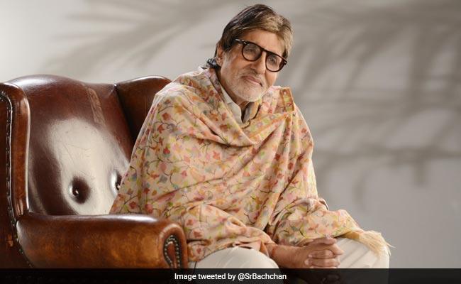 तबीयत खराब होने के बाद अमिताभ ने लिखी कविता, 'चलो इसी बहाने, अपनों का पता तो चला...'