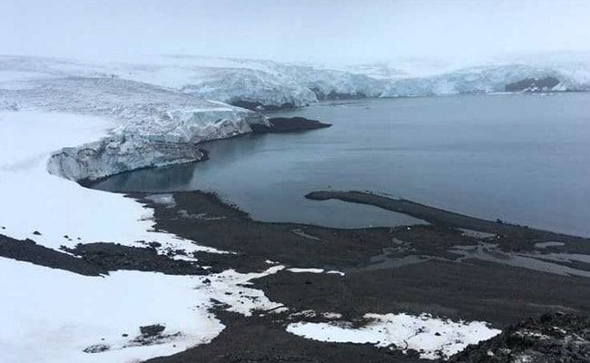 Antarctic Sea Ice Shrinks For Second-Straight Year
